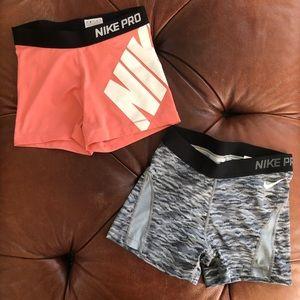 Nike Pro Dri Fit Shorts 2 Pair Womens Medium